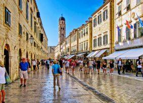 Stradun-street-in-Dubrovnik